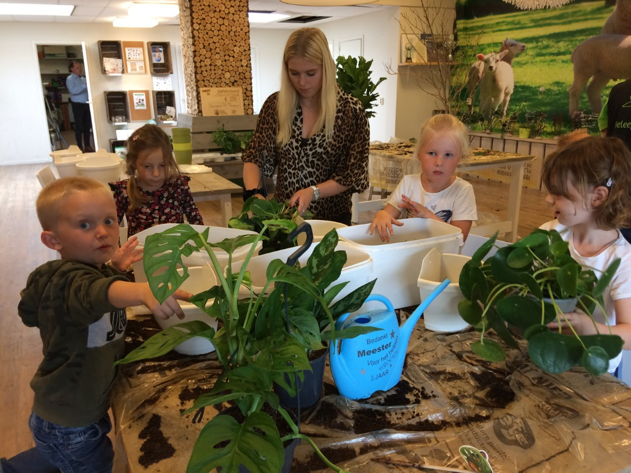 Omnis Kindcentrum de Meidoorn breidt groen onderwijsconcept uit met een IVN BinnenBos